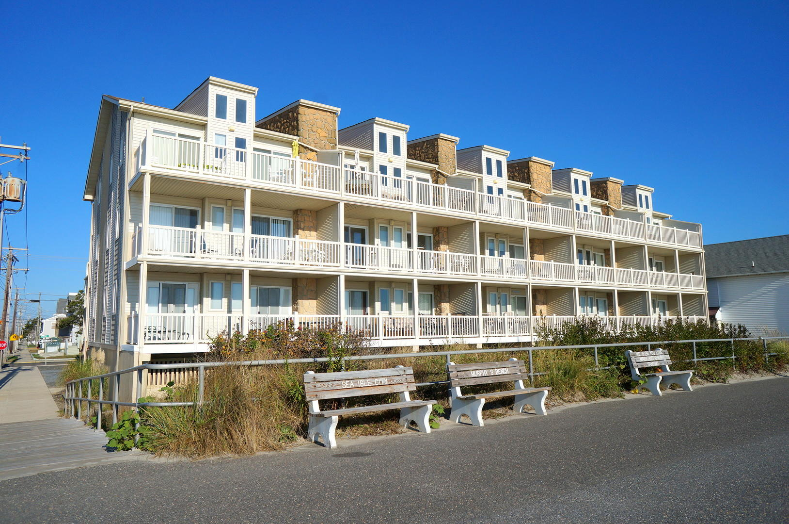 4400 Beach 101-SIC318