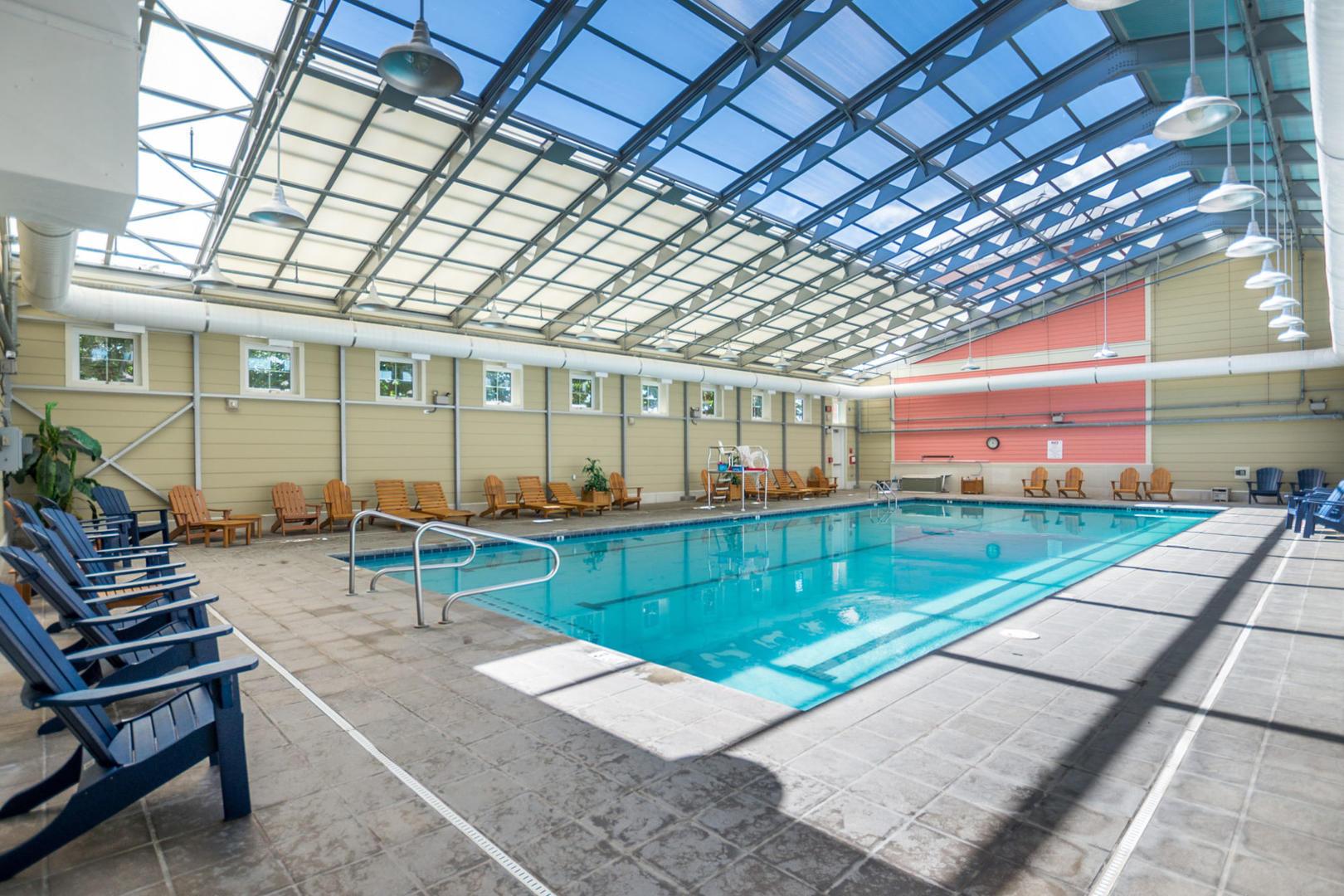 Sunset Island- Indoor pool