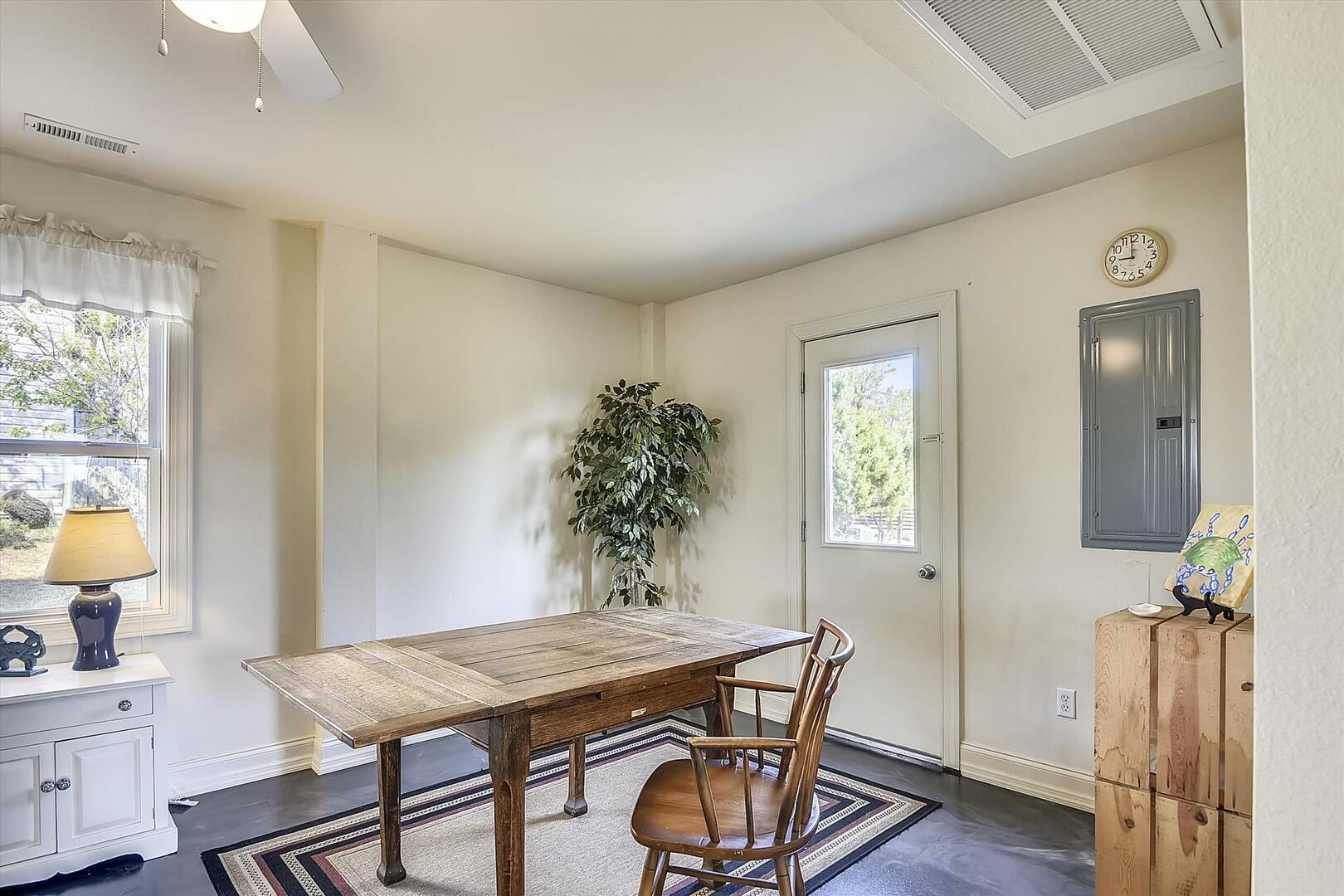 Lower Level,Dining Area,
