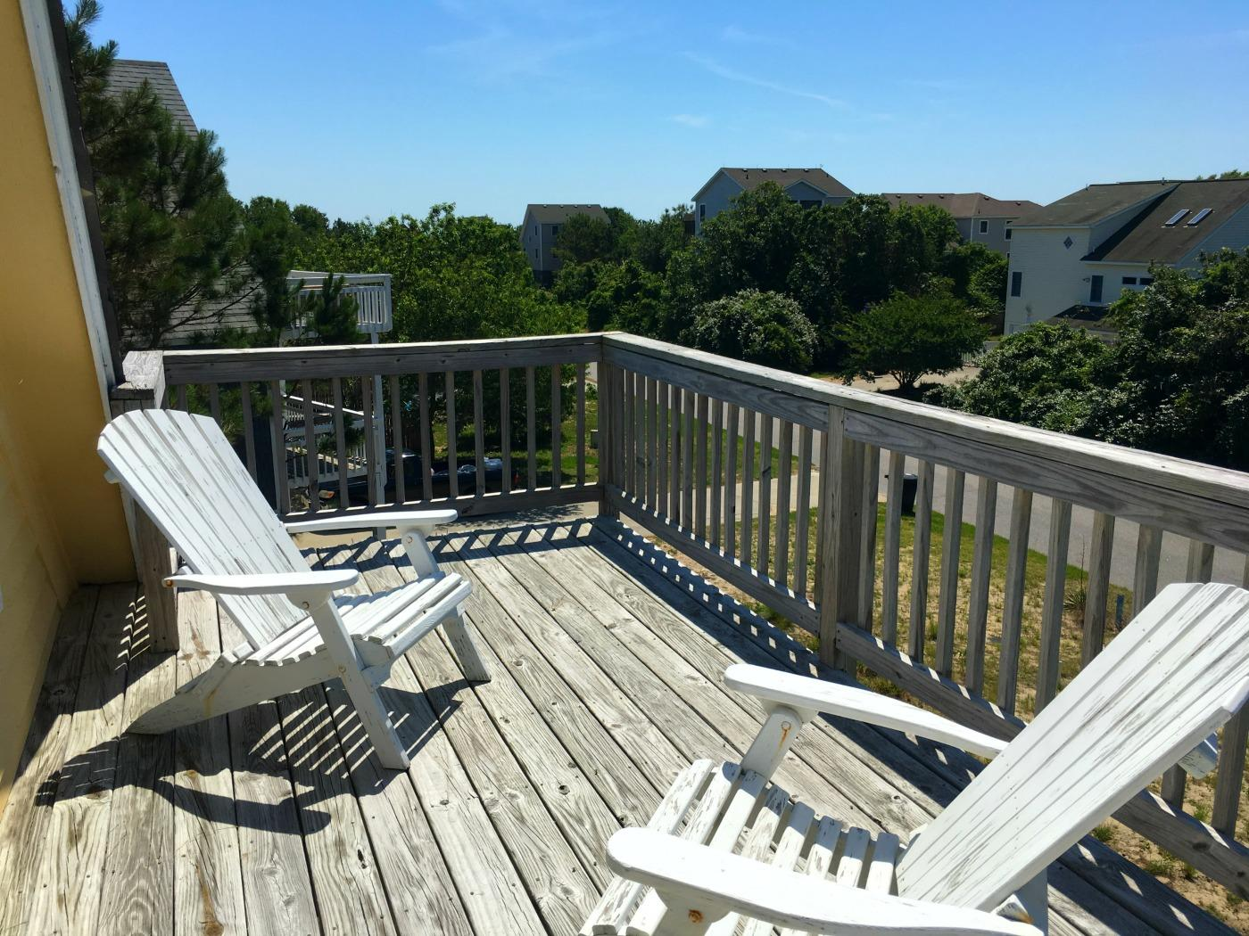 Top Level Sun Deck