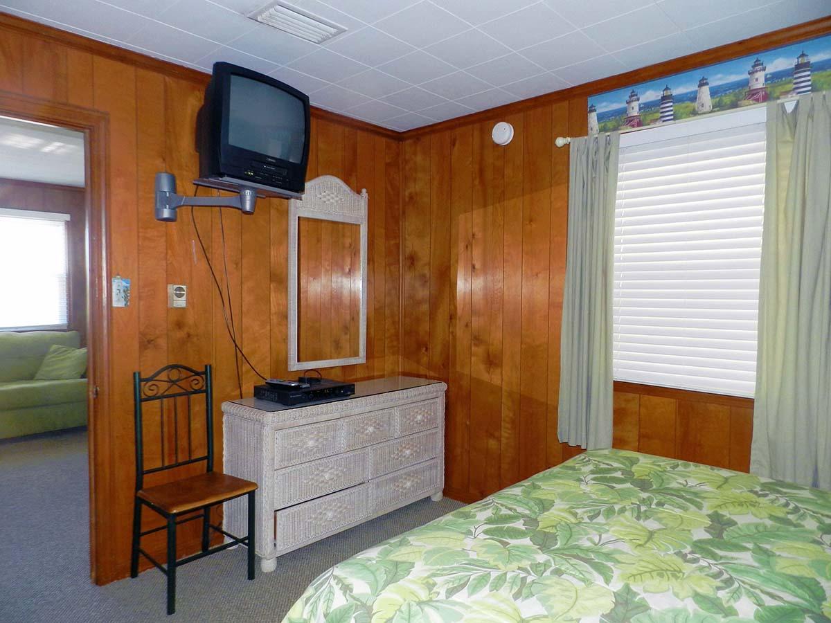 2nd Queen Bedroom with TV