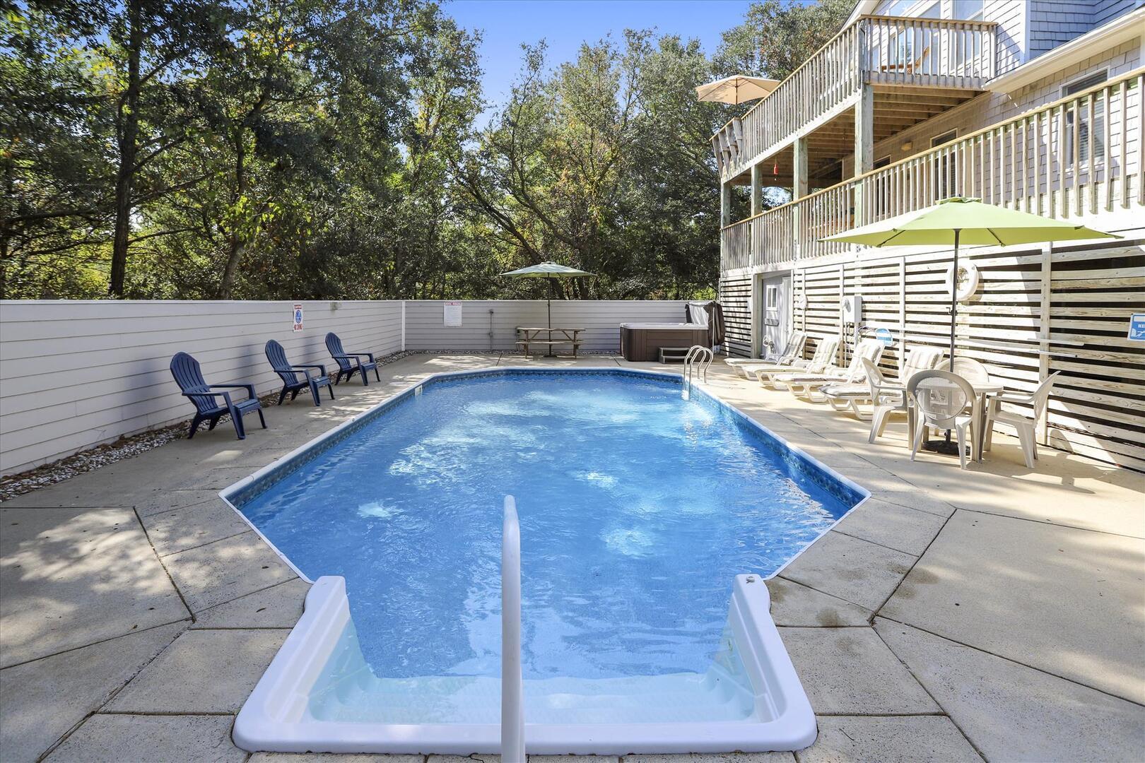 Pool/Lower Level,Pool,