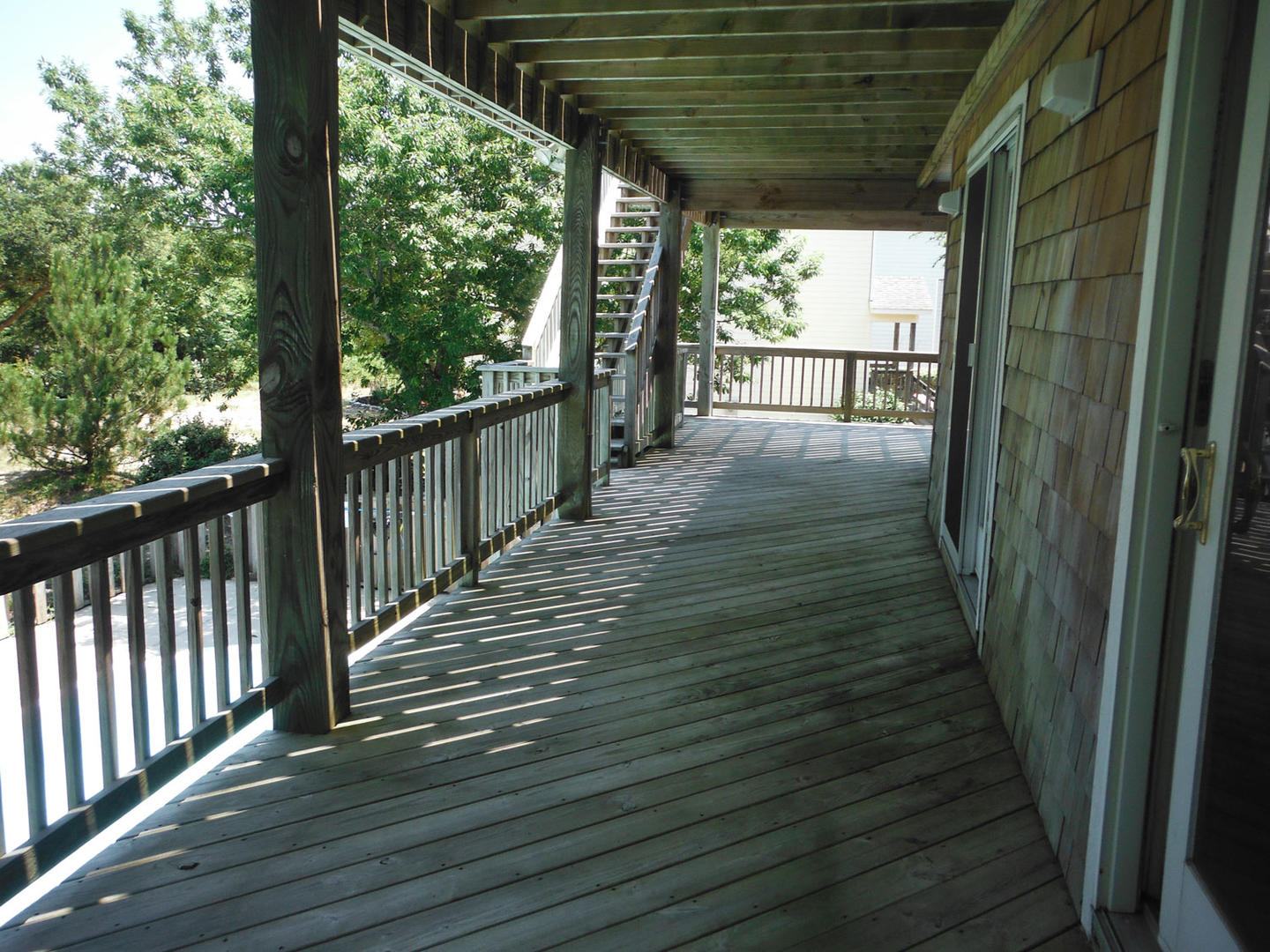 Covered Mid-Level Deck