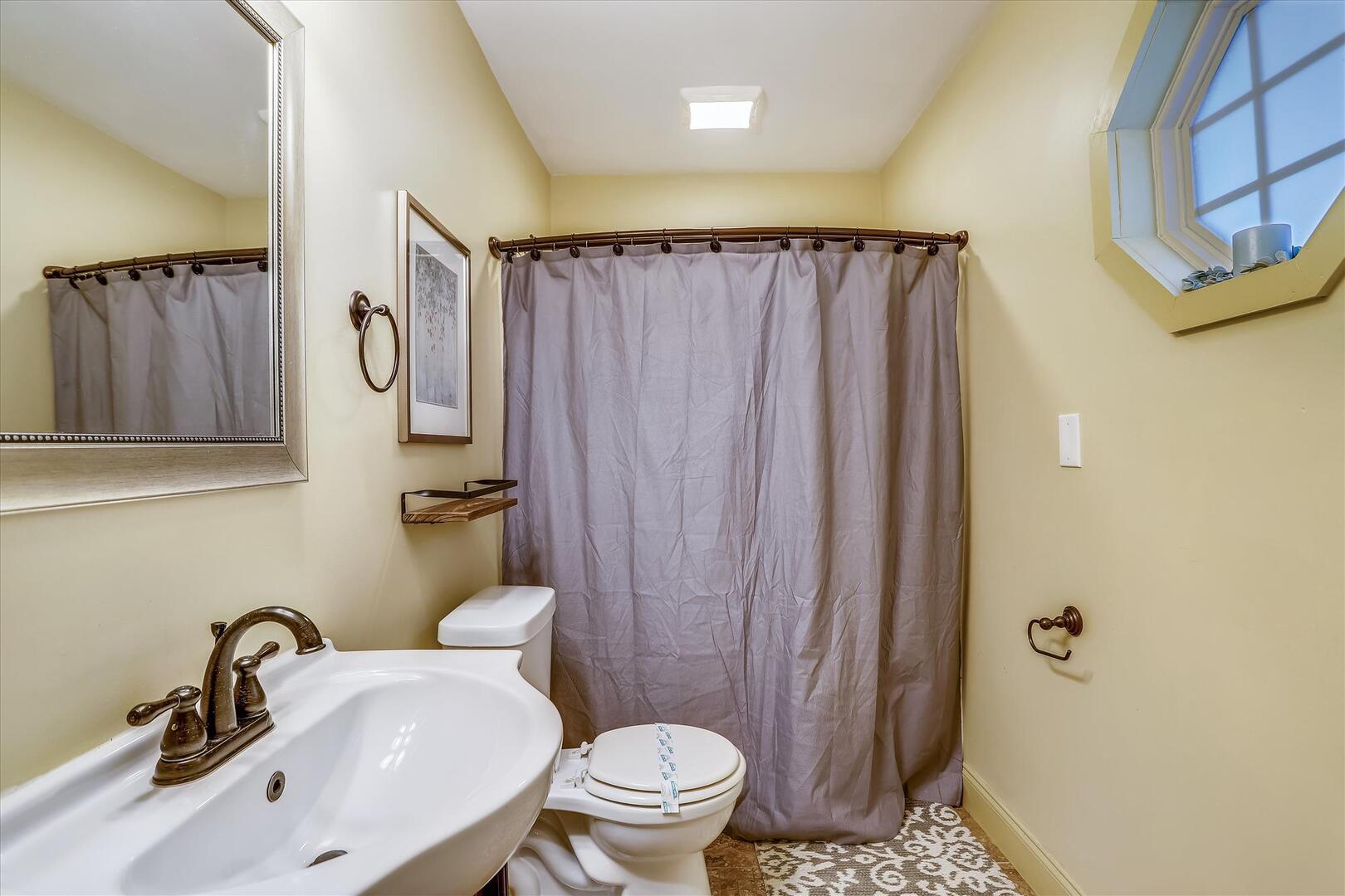 Main Level,Primary Bath,