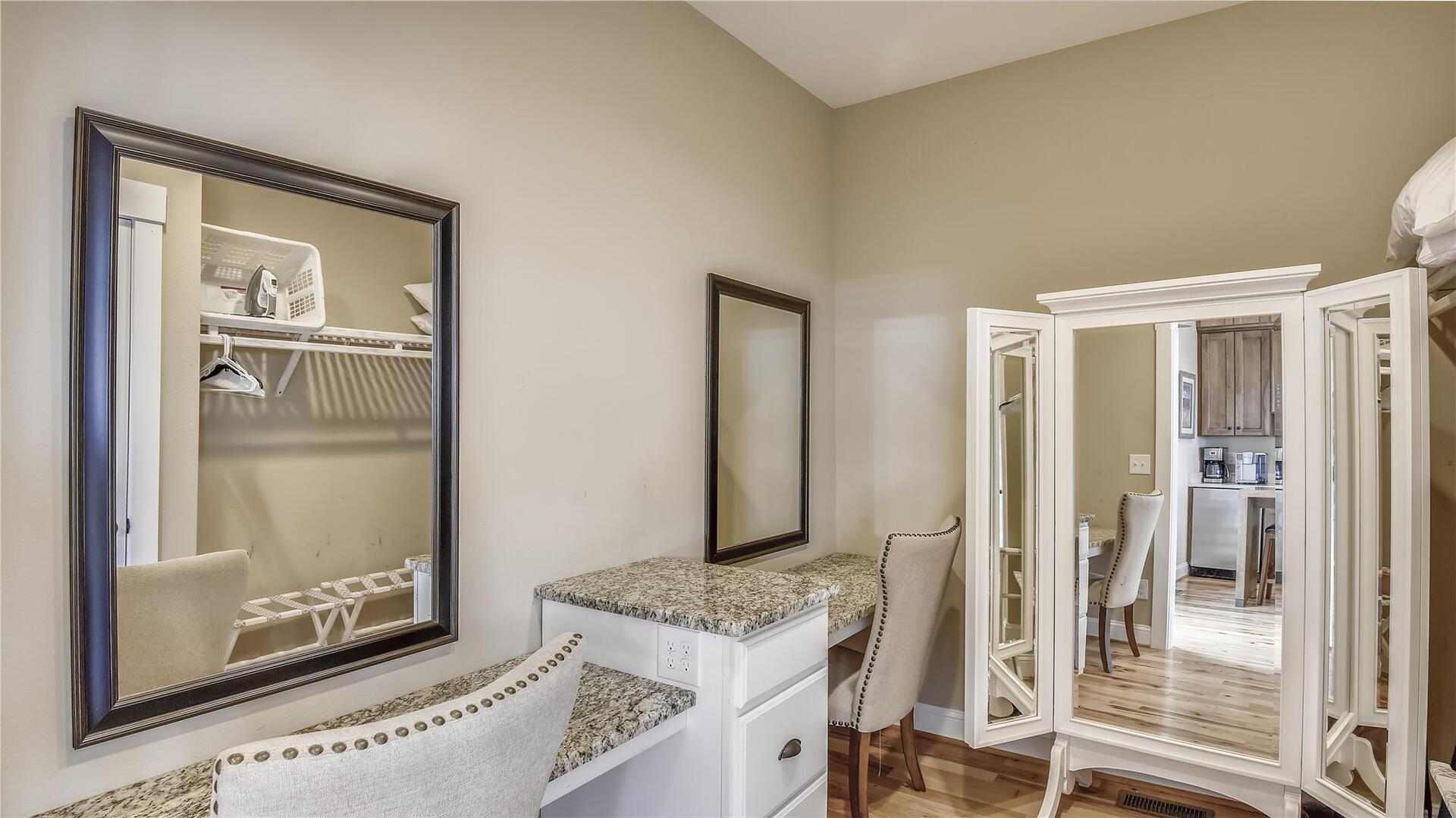 Bridal Suite,Bridal Suite- Dressing Area,