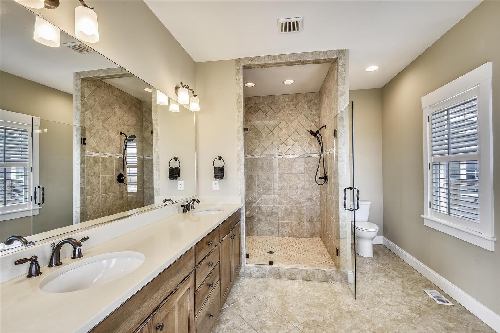 Bridal Suite,Bridal Suite- Bath,