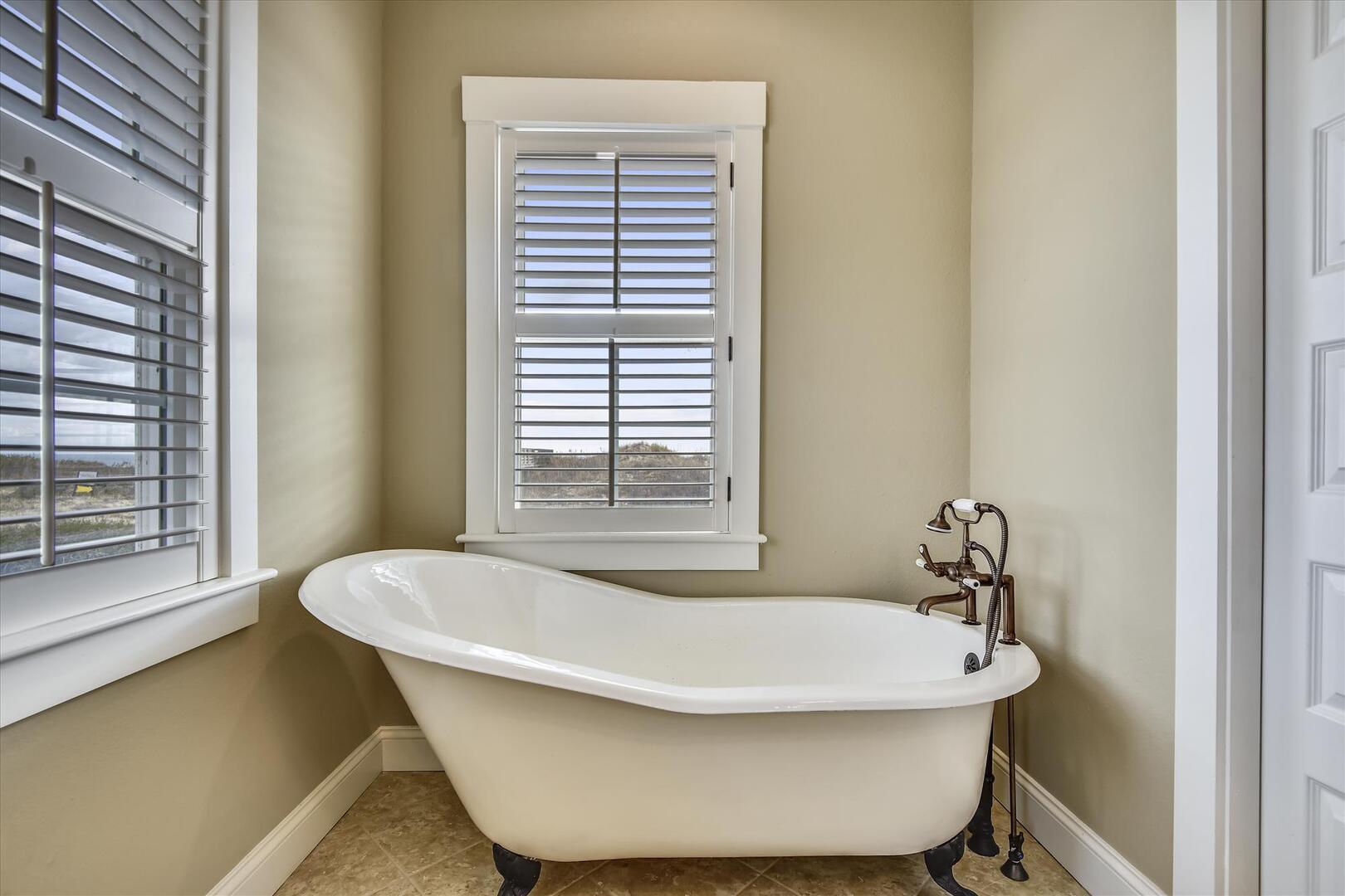 Bridal Suite,Bridal Suite- Tub,