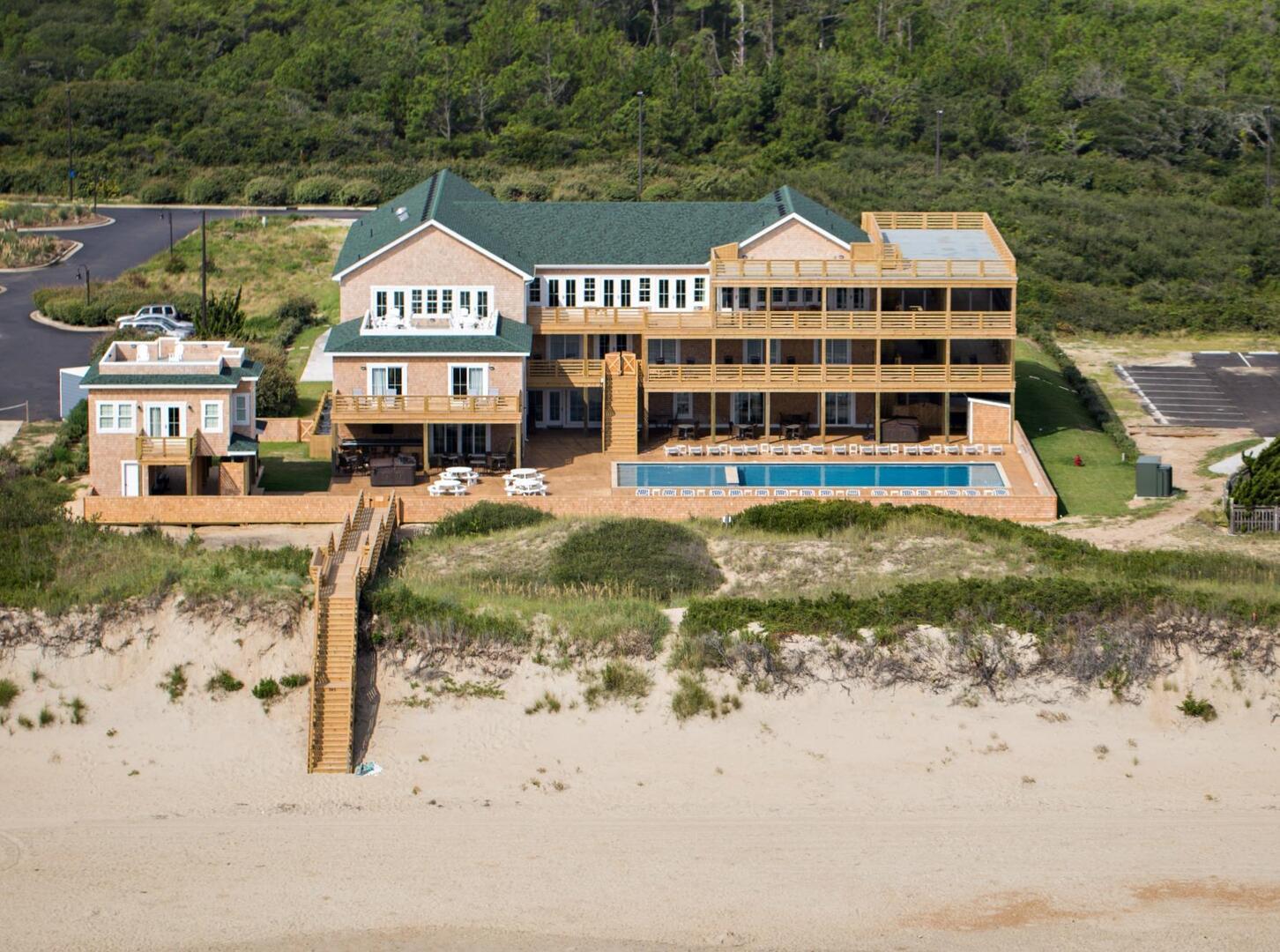 Exterior,Pine Island Lodge,