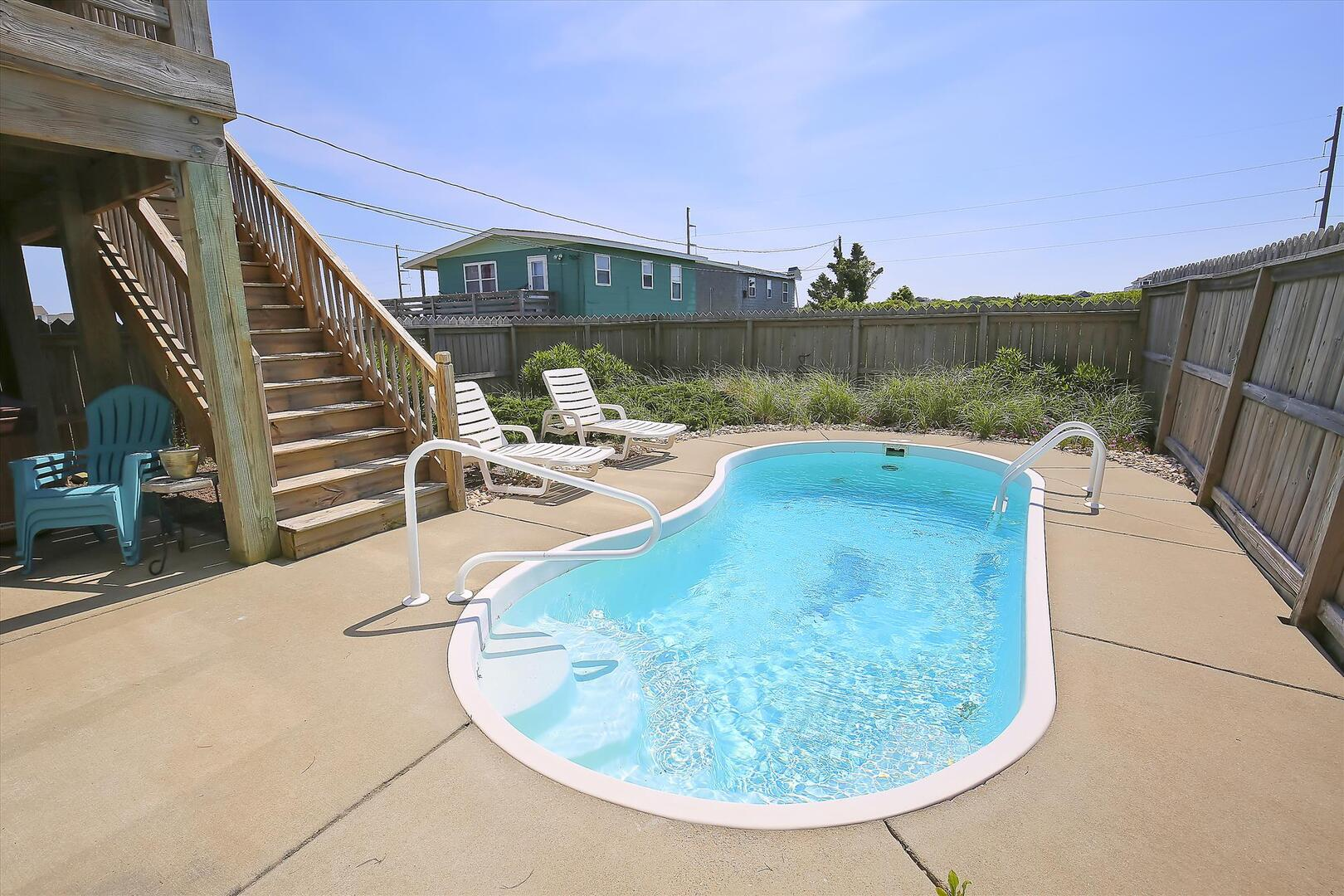 Lower Level,Pool,