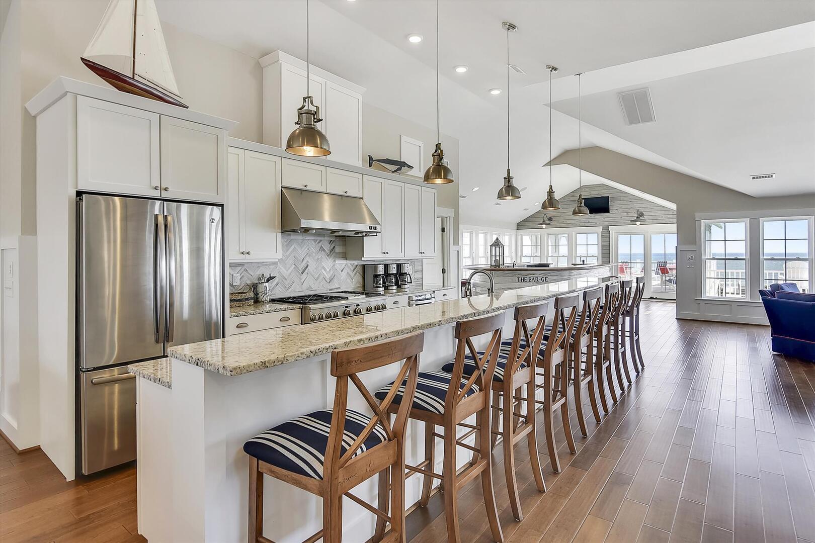Main/Upper Level,Kitchen,