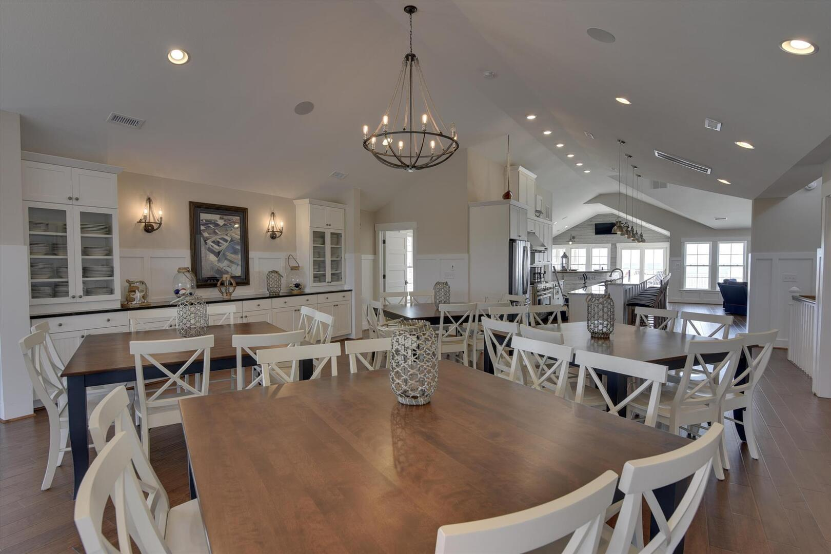 Main/Upper Level,Dining Room,