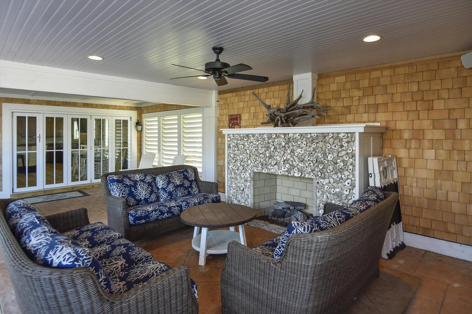 Lower Level,Living Room,