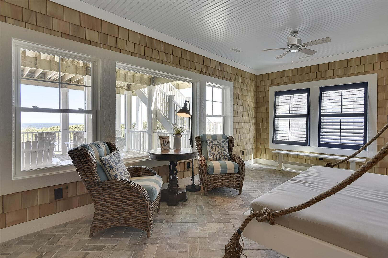 Middle Level,Sun Room,