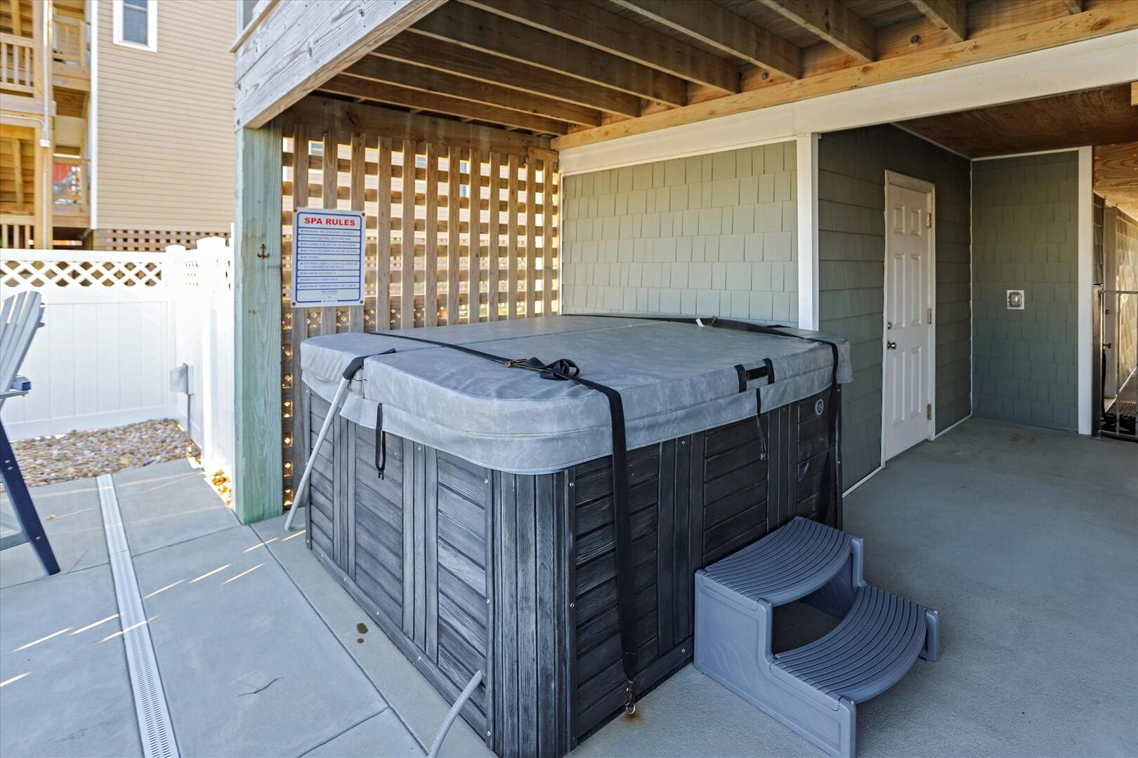 Ground Level,Hot Tub,