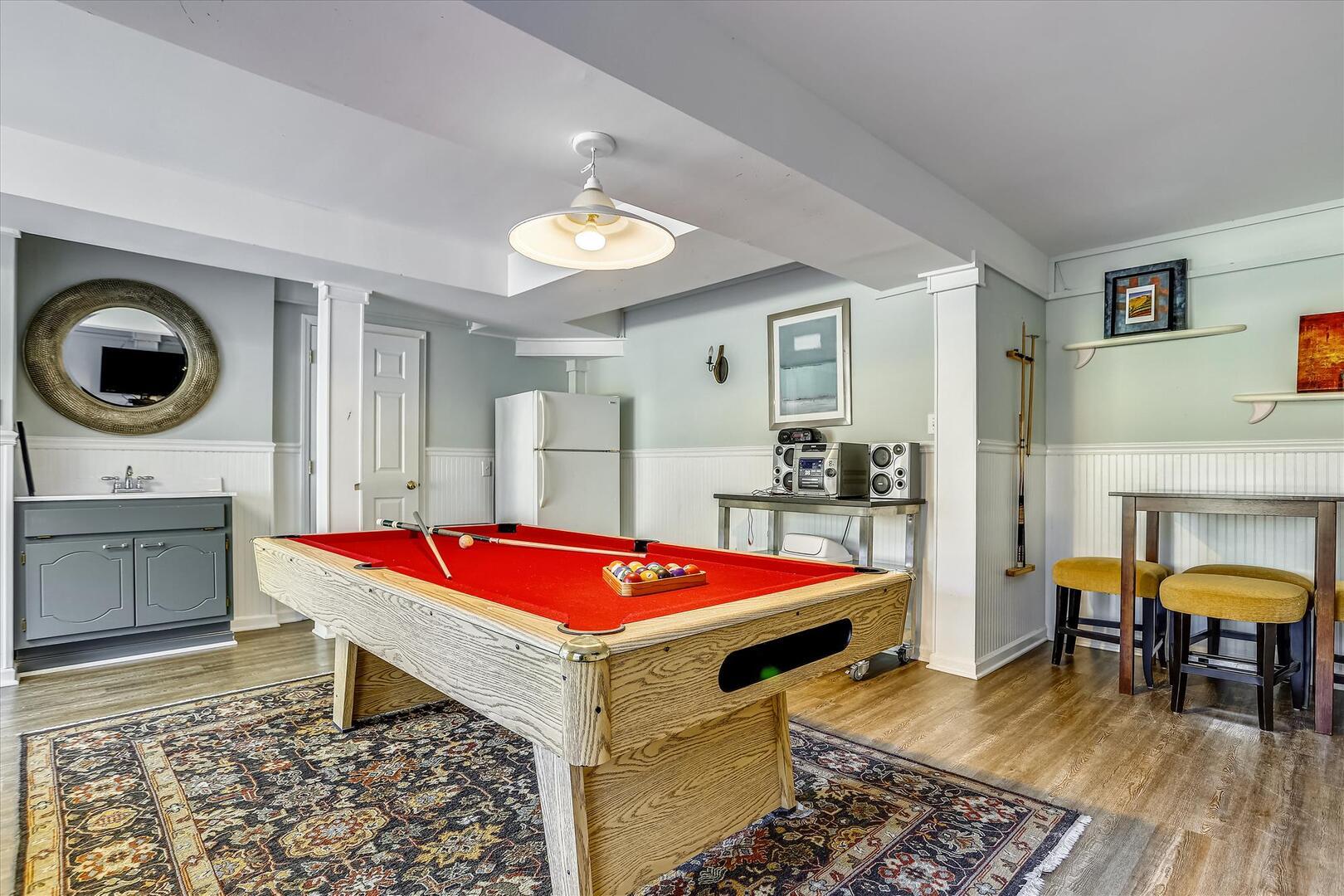Ground Level,Recreation Room,