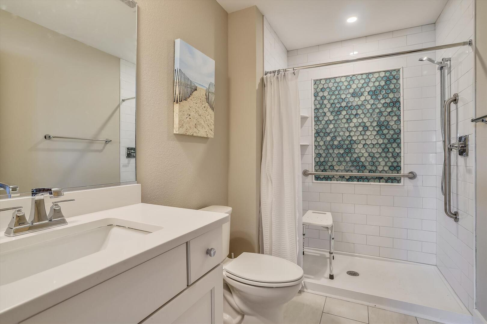 Middle Level,Primary Bath,