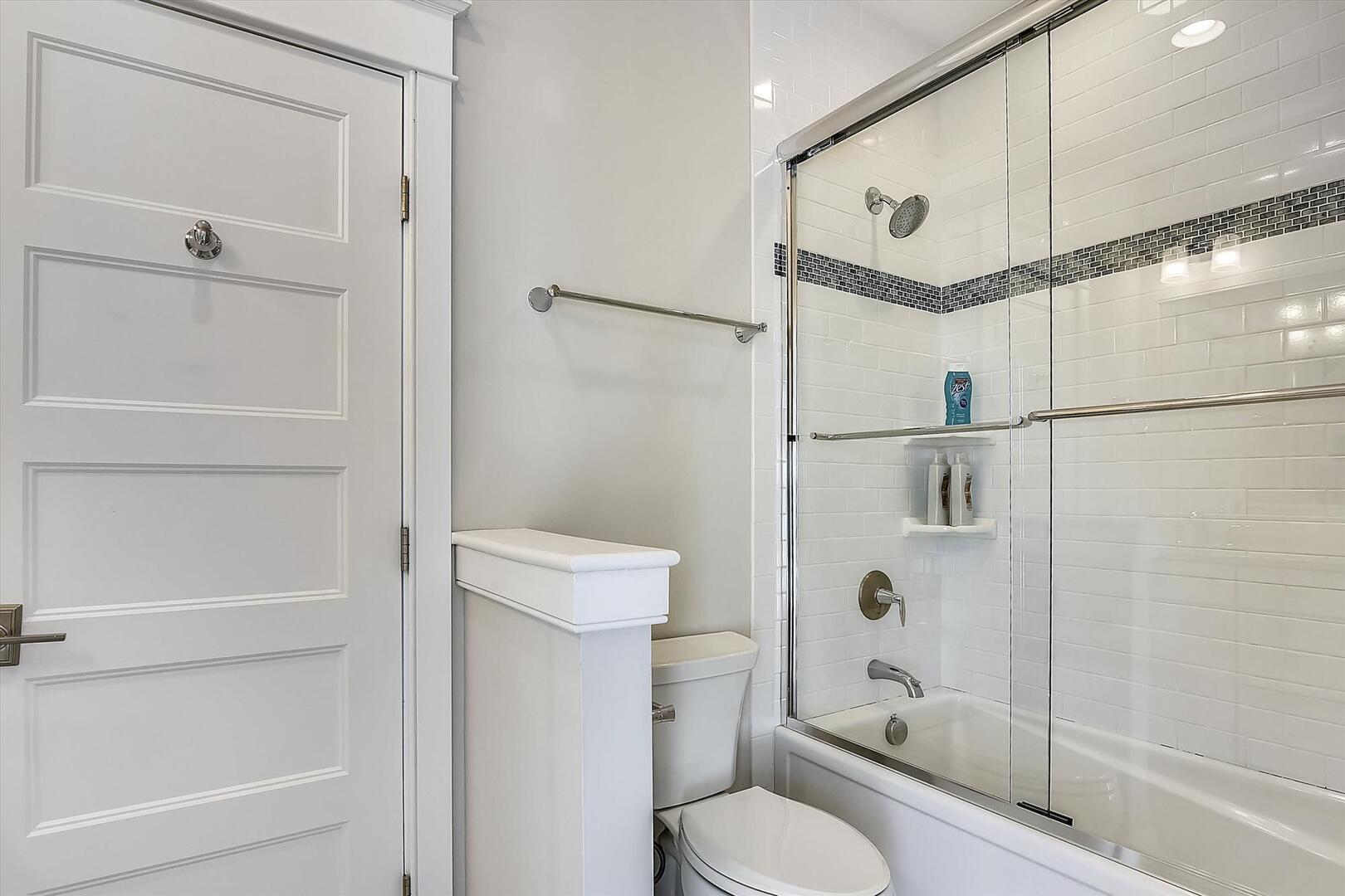 Upper Level,Bath,