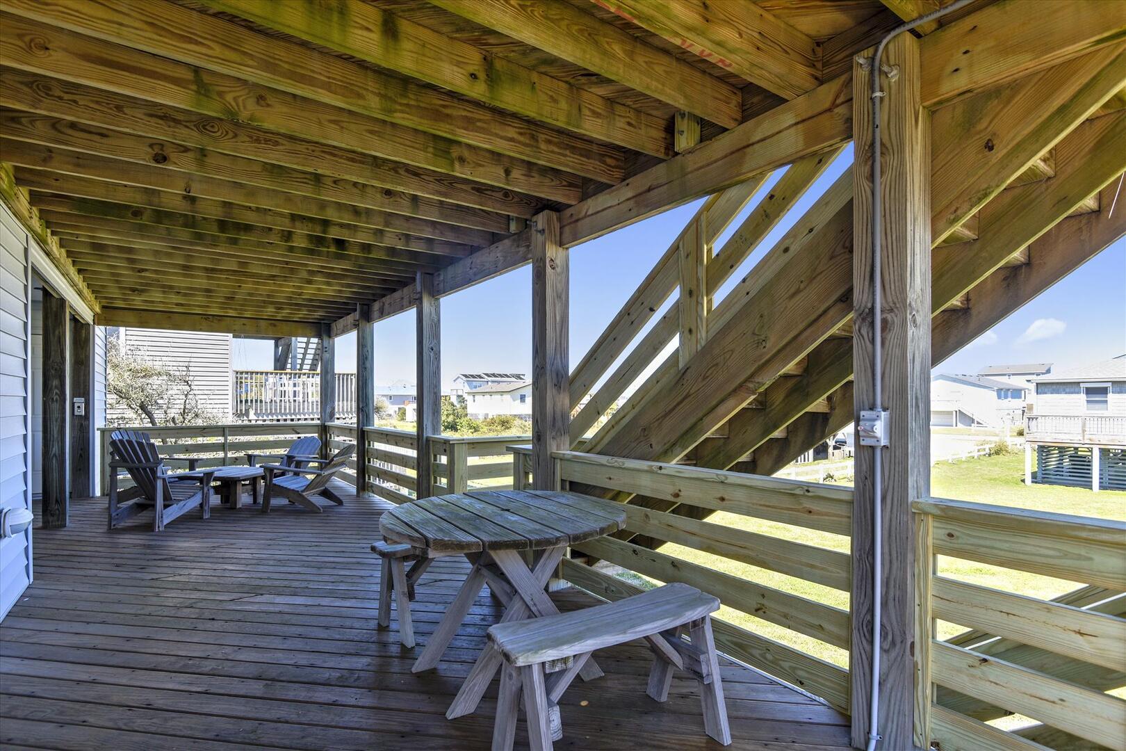 Entry Level,Deck,