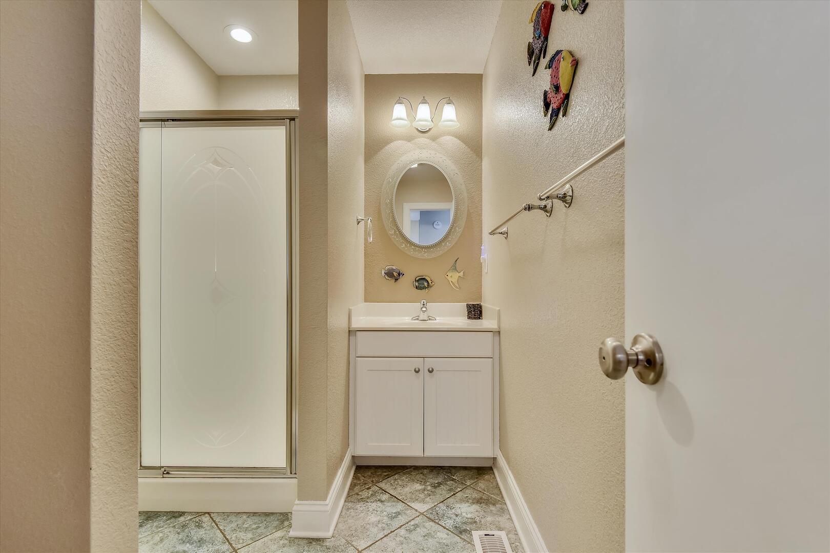 Entry Level,Bath,