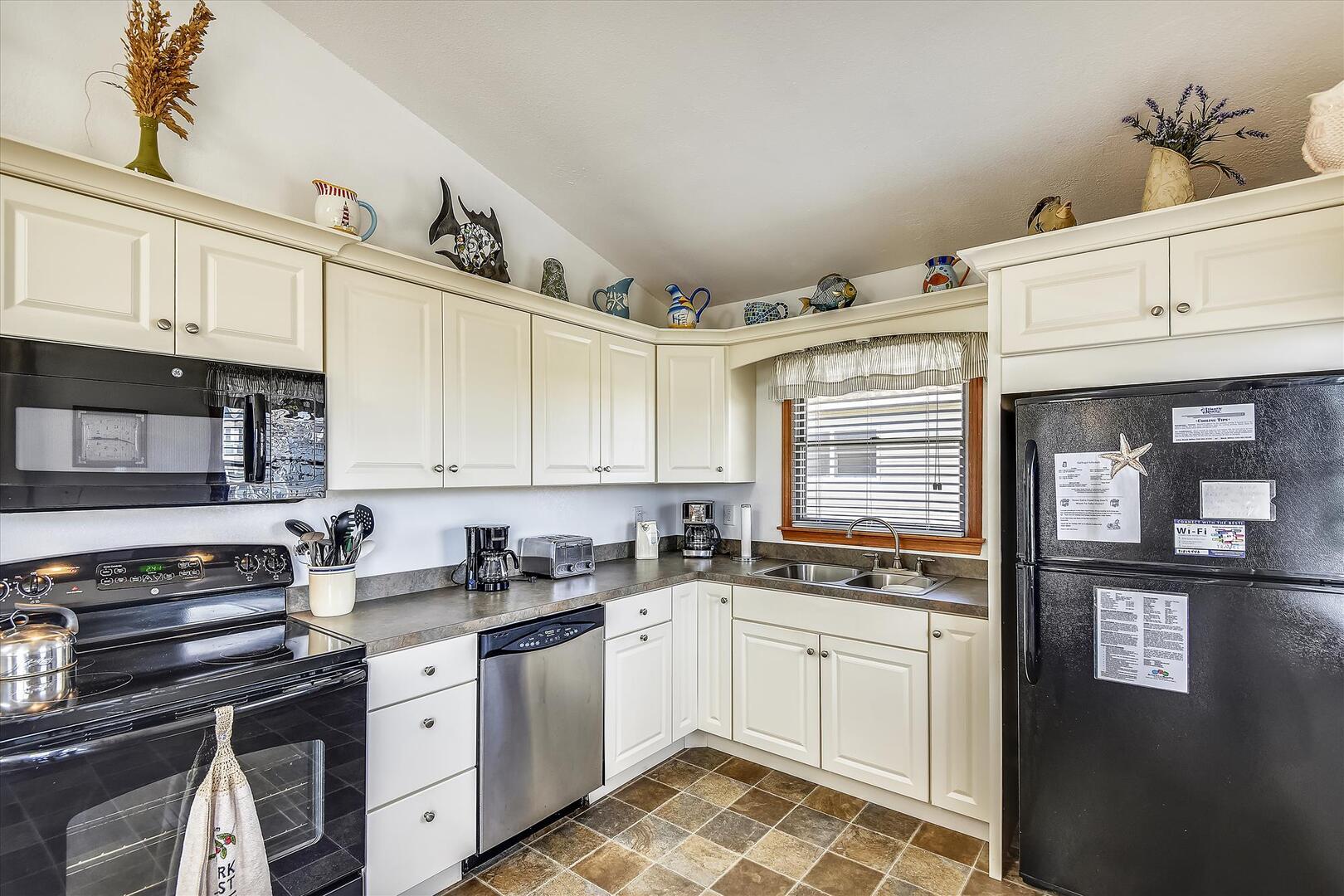 Upper/ Main Level,Kitchen,