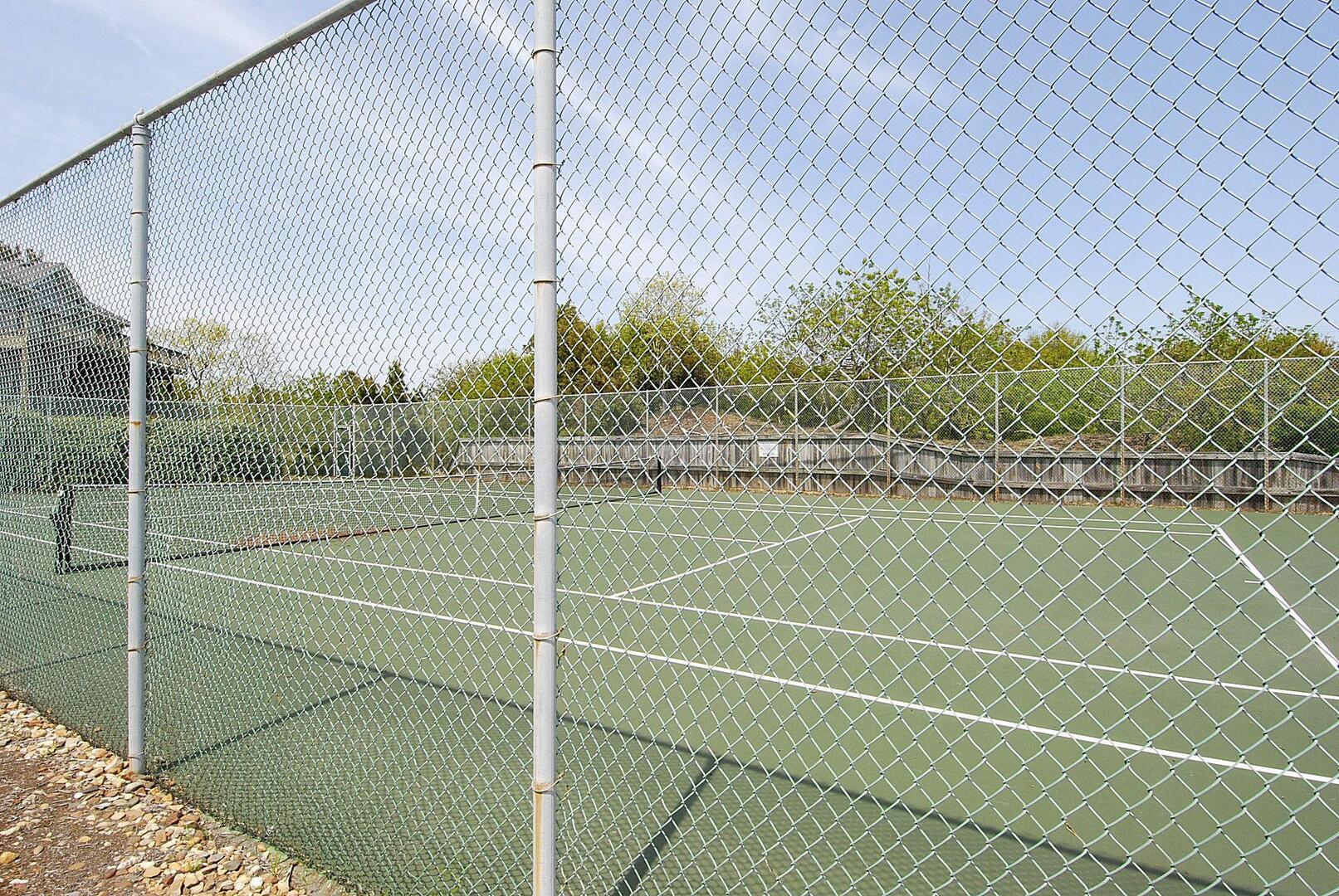 Amenity,Tuckahoe Community Tennis Court,