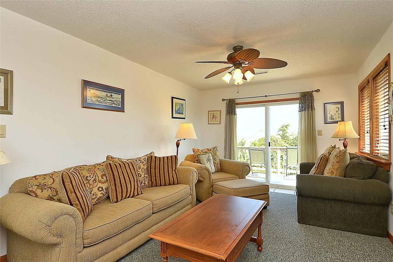 Main/Upper Level,Living Area,