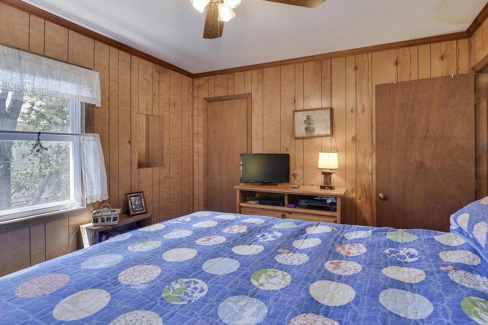 Main Level,Bedroom,