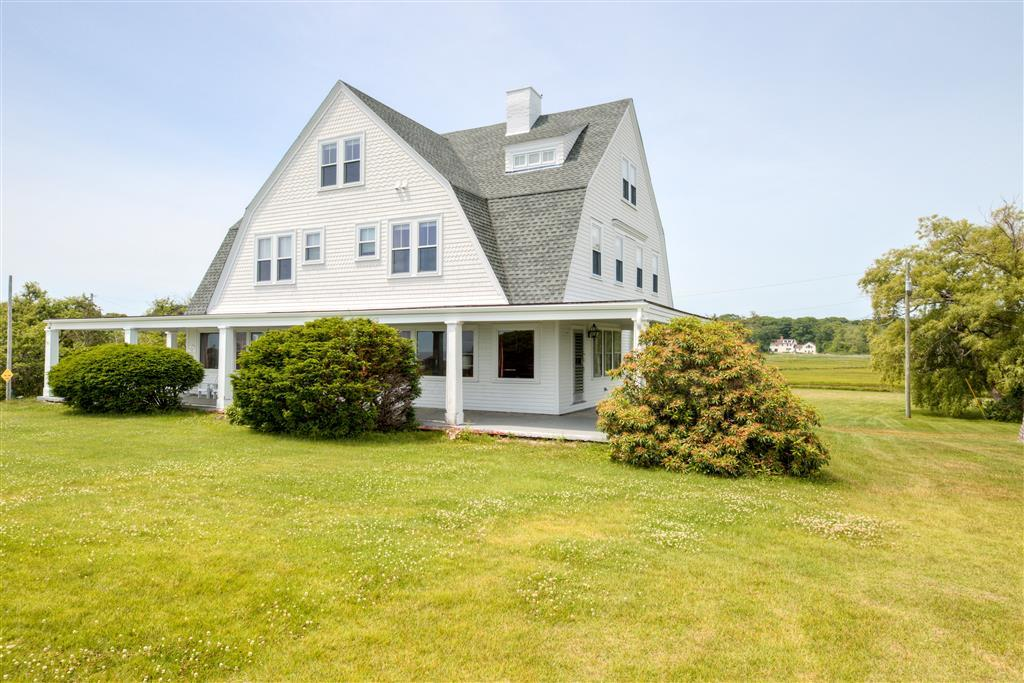 88 Ocean Boulevard North Hampton NH