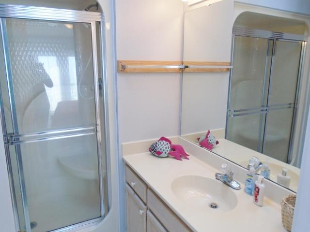 1K/Bathroom/Shower