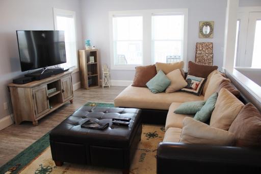 Living room/2nd floor