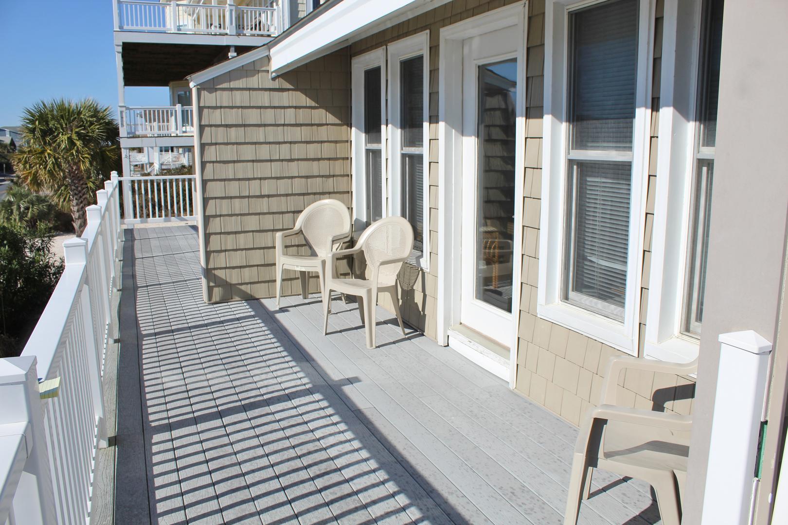 Ocean view front deck