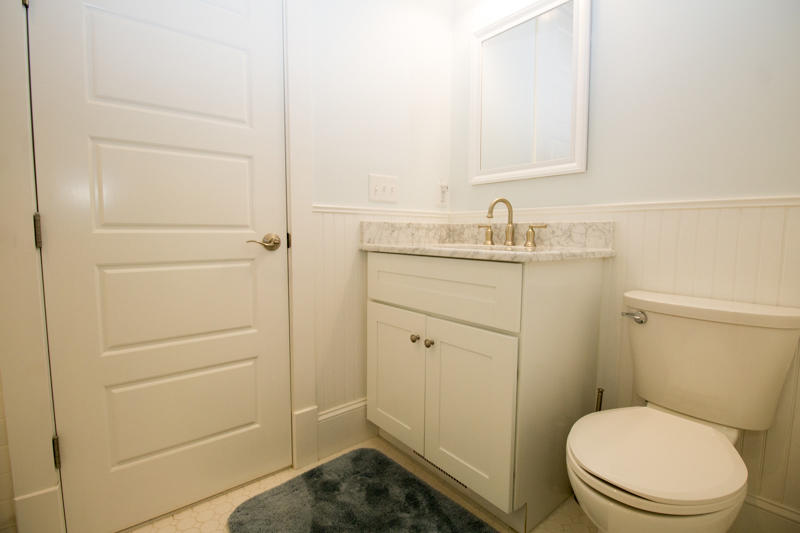 Queen bedroom en suite bath