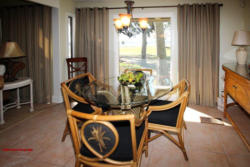 Dataw Island Dining Table