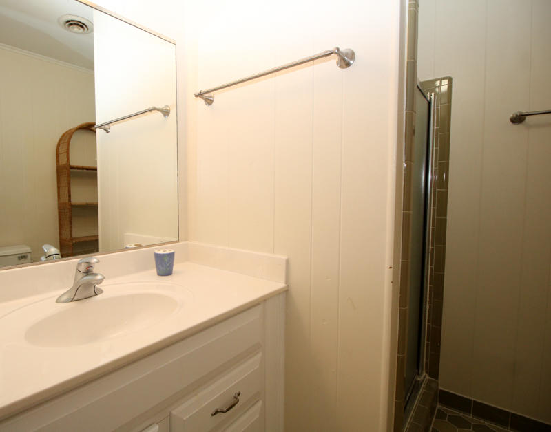 1st Floor Bathroom Shared by Both Bedrooms