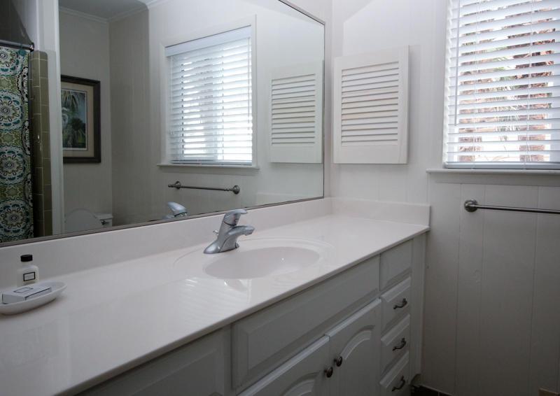 2nd Floor Bathroom Right Side