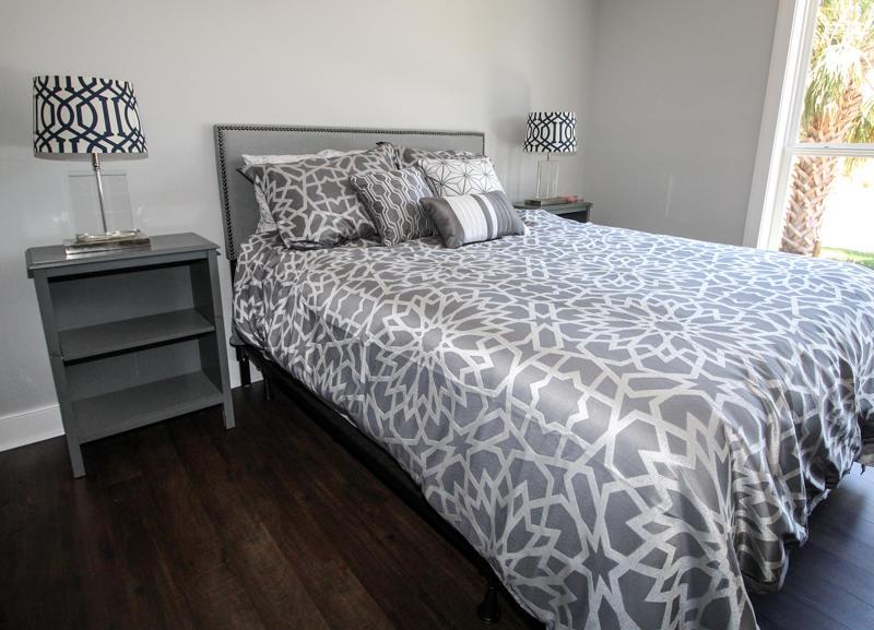 Guest Room 2 with Queen Bed