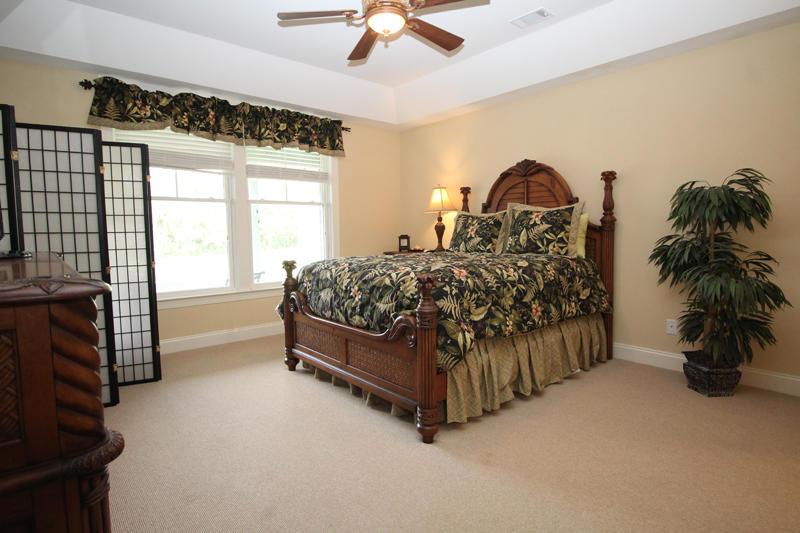 First floor queen bedroom with en suite bath