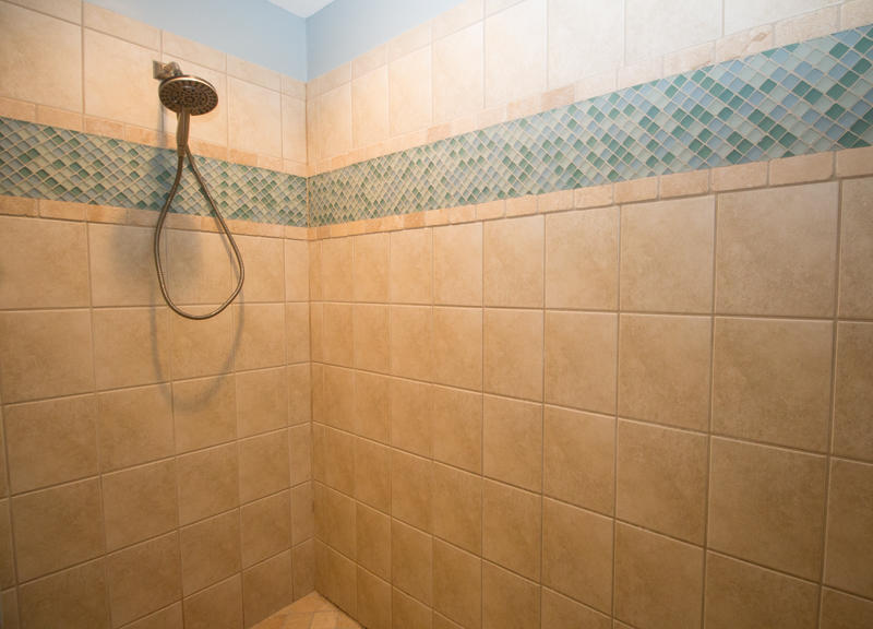 2nd Floor Master Walk-In Shower