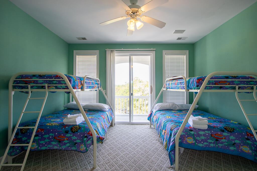 Second floor bunk room with en suite bath