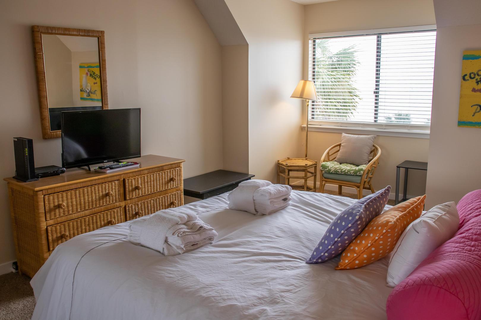 Bedroom 1, 2nd floor, TV