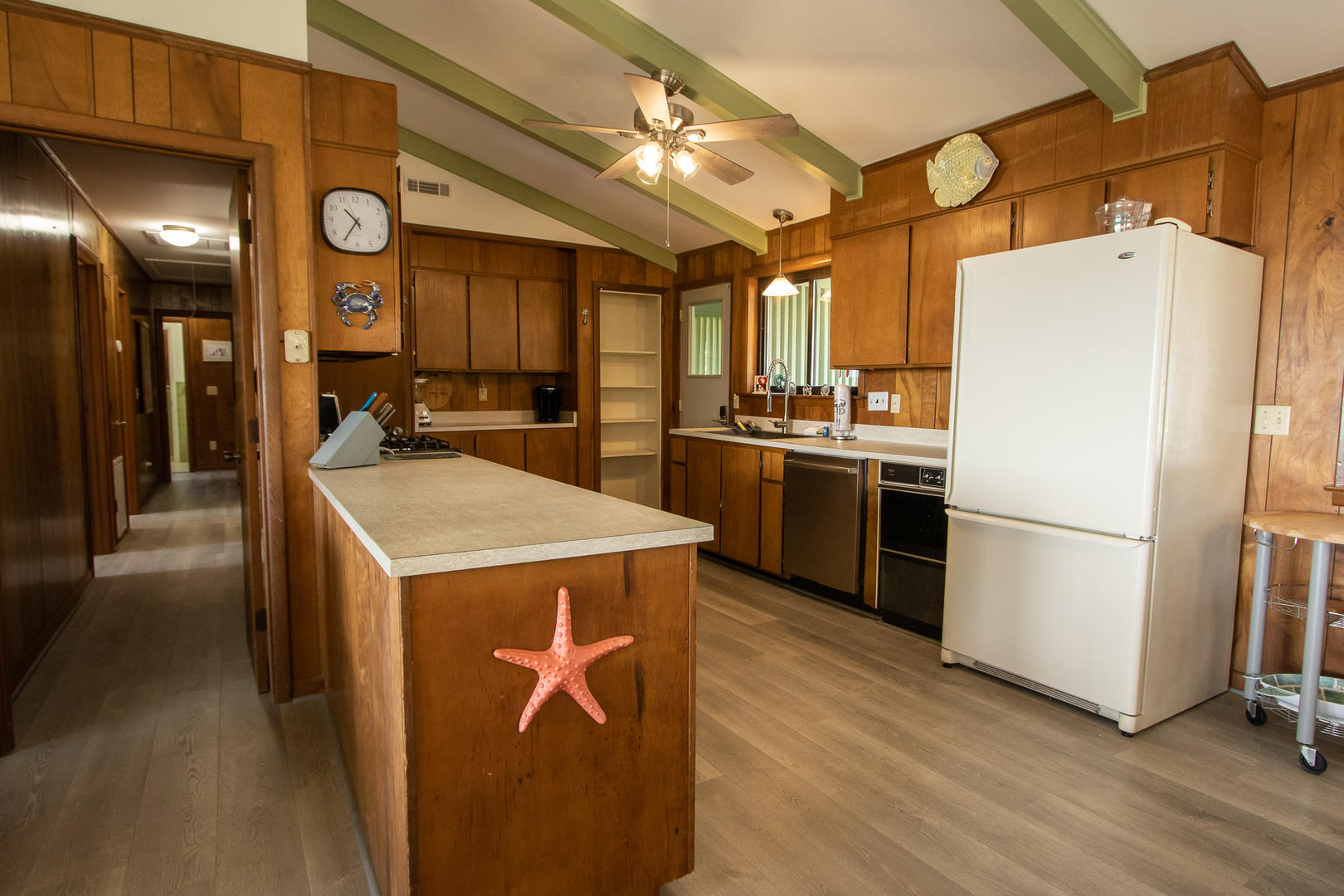 Kitchen, keurig
