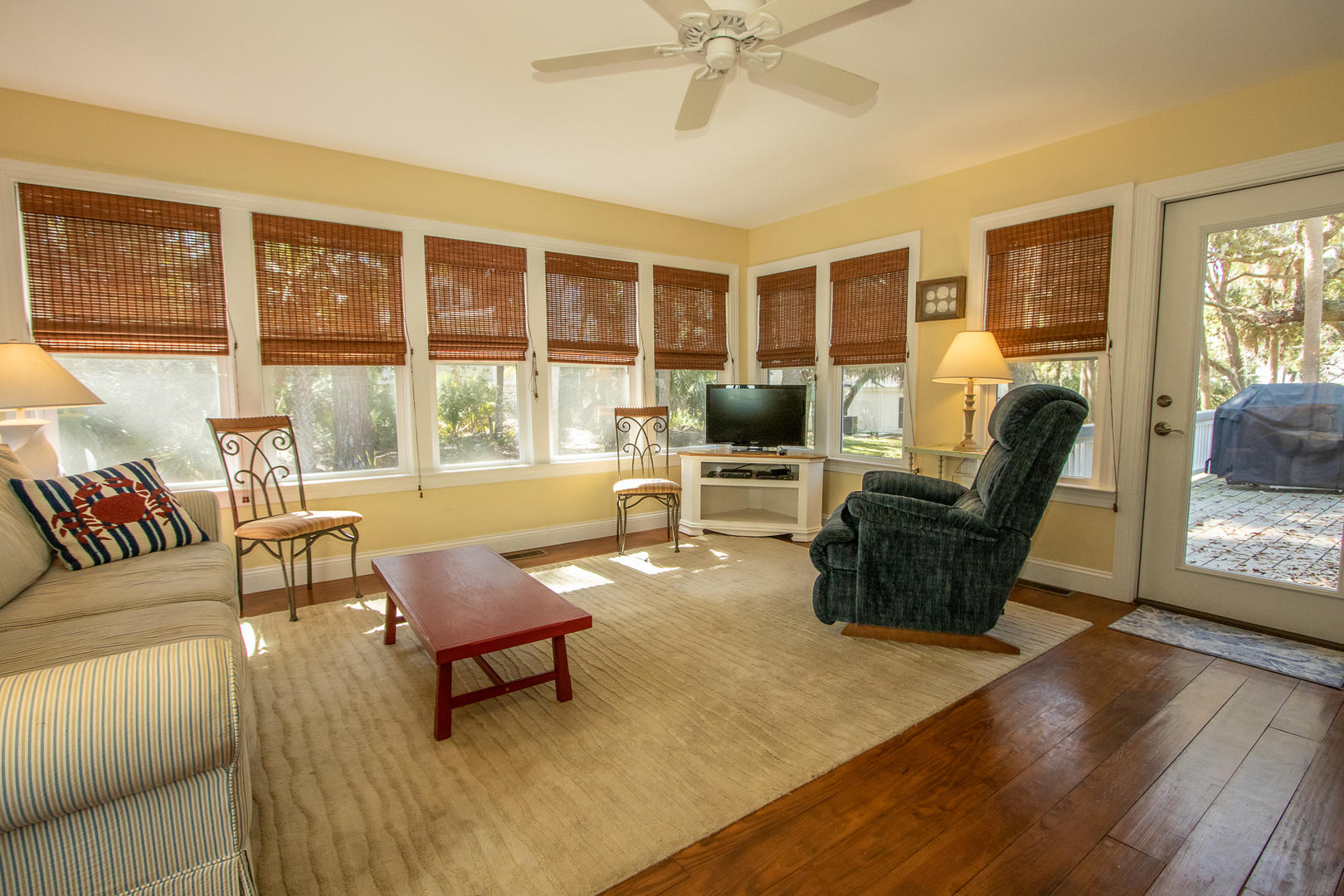 Sunroom, accessible from dining, access to back deck