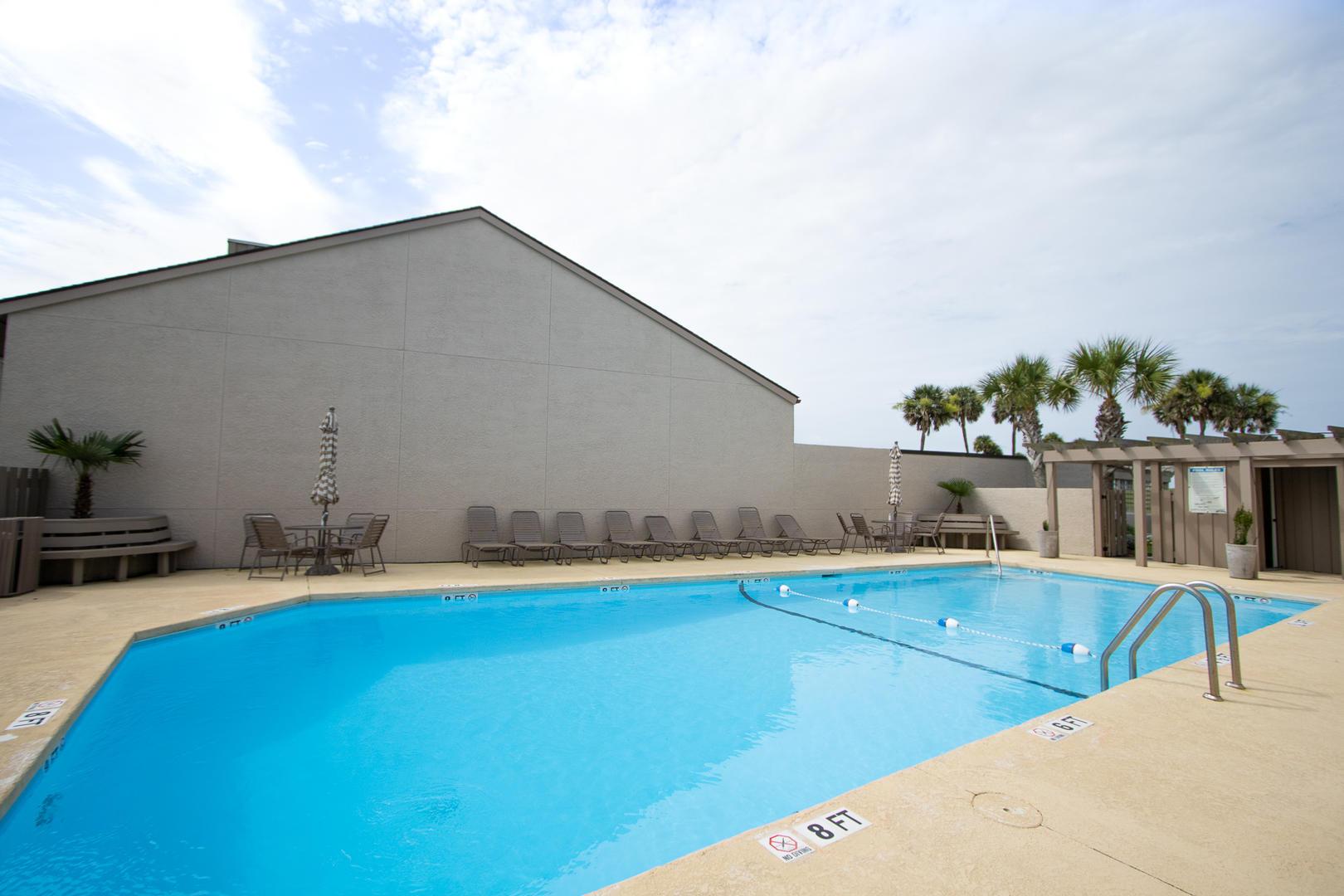 Sanddown Neighborhood Pool