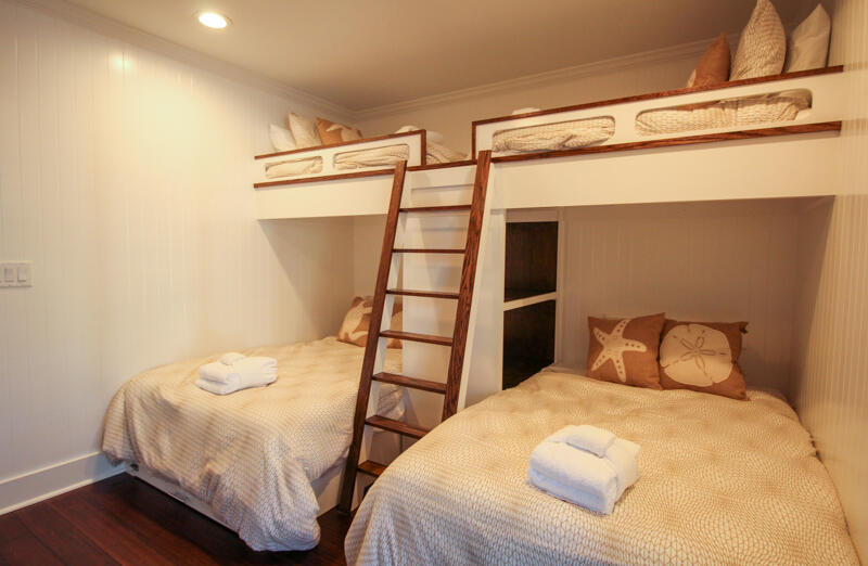 2 full beds/bunk for small children only