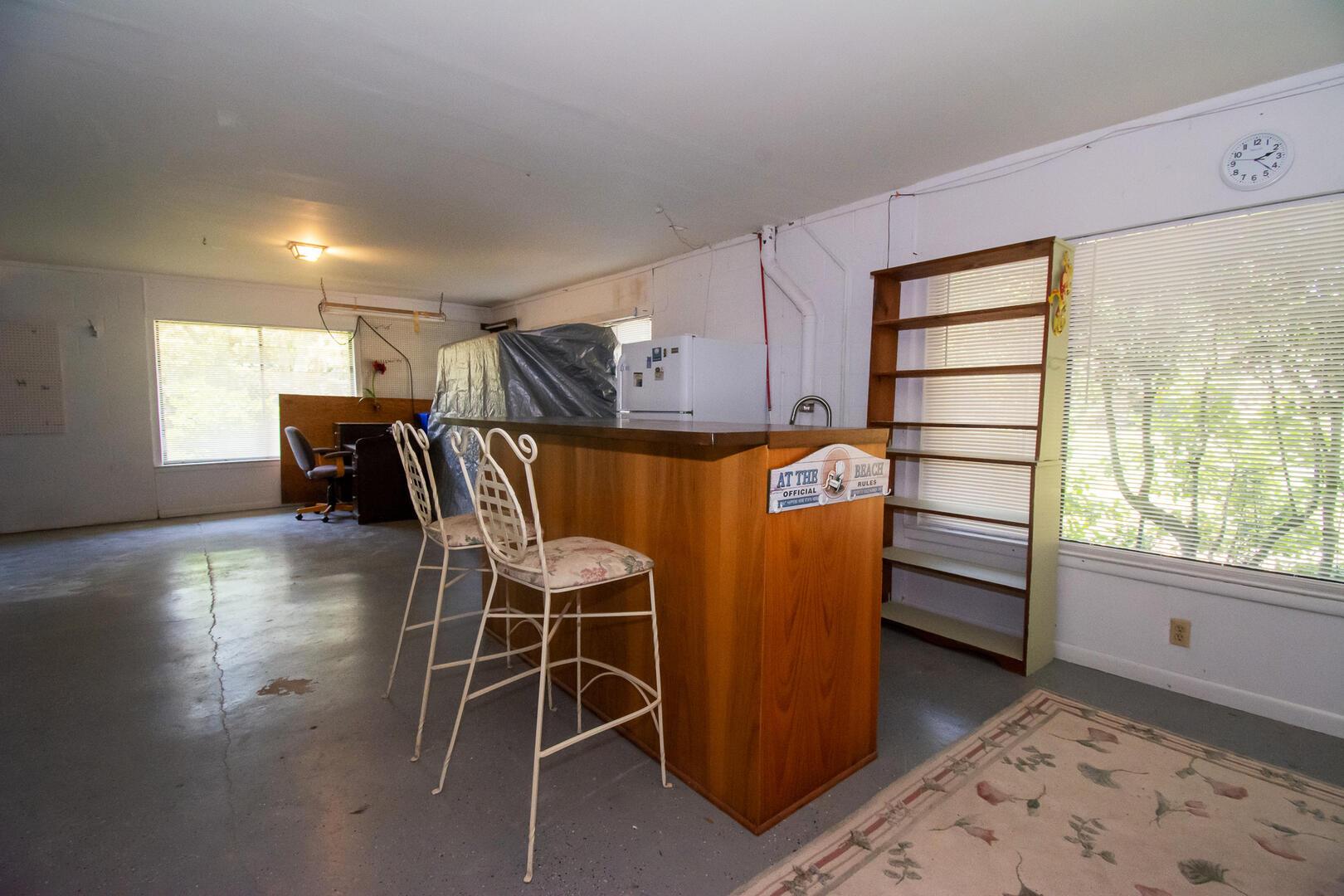 Garage Bar & Sink