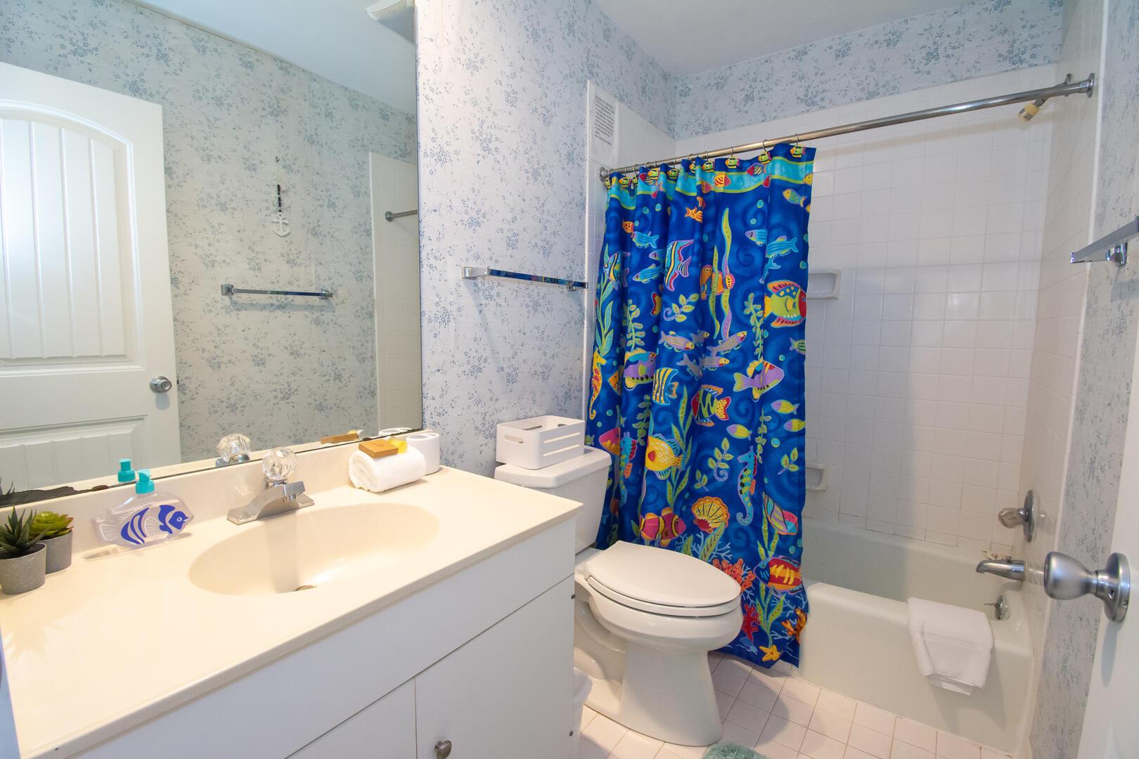 Twin En-Suite Bath