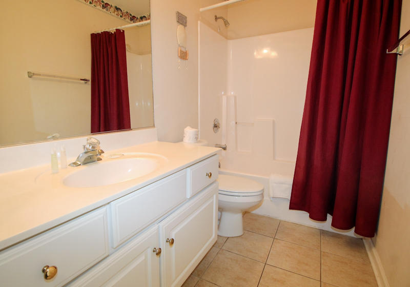 2nd Floor Halll Bathroom