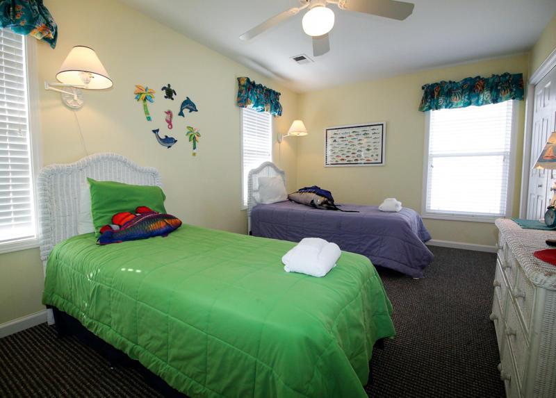 Twin Bedroom 2nd Floor Right