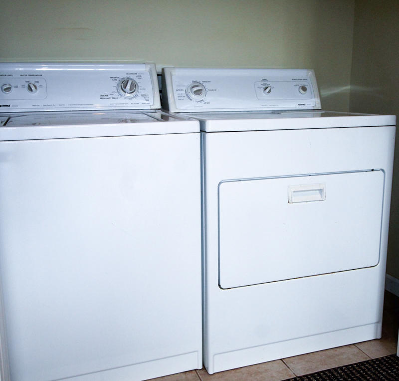 Washer/Dryer 2nd Floor