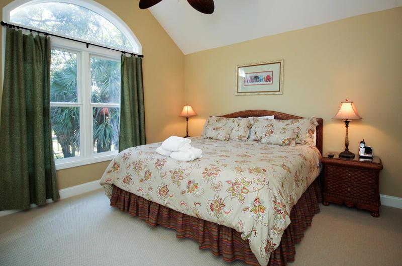 2nd Floor Left Side King Bedroom